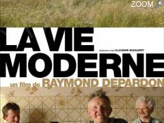 "photo de Projection du film documentaire ""La Vie Moderne"""