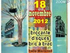 photo de 18 novembre 12 - brocante - disques - bric à brac